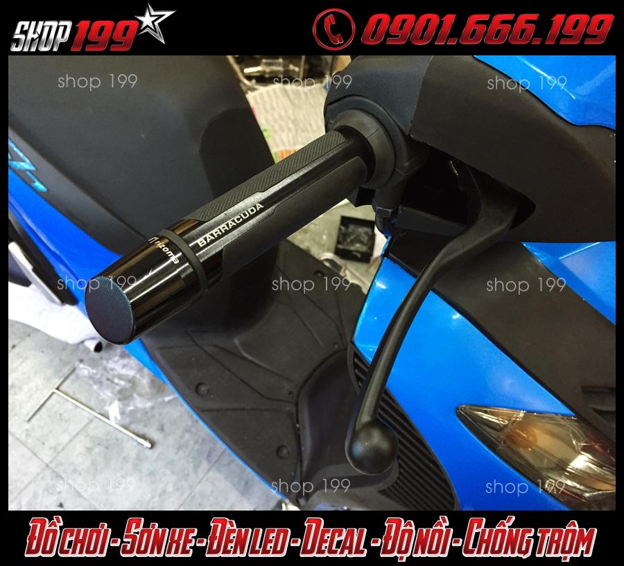 Honda SH được dán keo đổi màu thành màu xanh đẹp và phong cách
